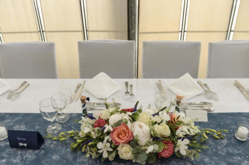 Centre de table en longueur aromatique fleuriste mariage