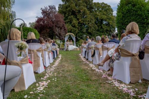 Décor de ceremonie laïque aromatique fleuriste mariage