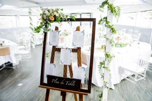 panneau et poutre fleurie aromatique fleuriste mariage