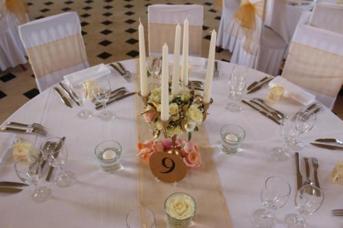 Chandelier fleuri centre de table aromatique fleuriste mariage
