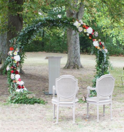 Arche de cérémonie ronde aromatique fleuriste mariage