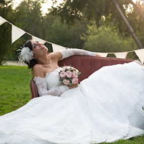 Bouquet de mariée rond en roses anciennes aromatique fleuriste mariage