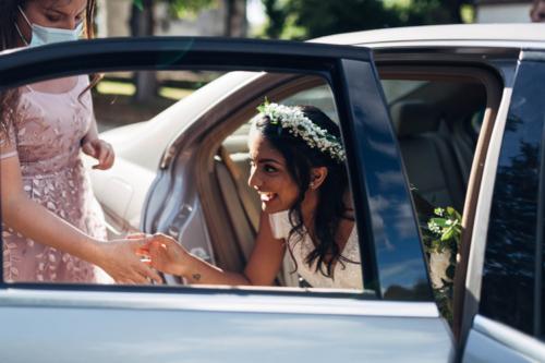Couronne épurée de gypsophile et feuillages aromatique fleuriste mariage