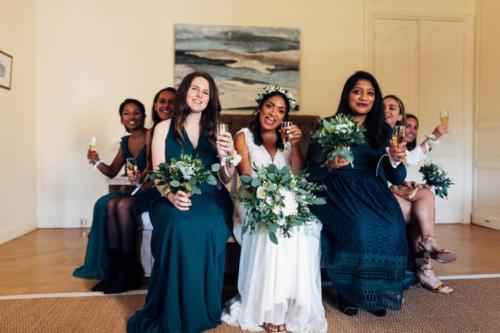 Bouquets bohème assortis pour les demoiselles d'honneur aromatique fleuriste mariage