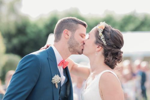 Headband fleuri en roses et gypsophile aromatique fleuriste mariage