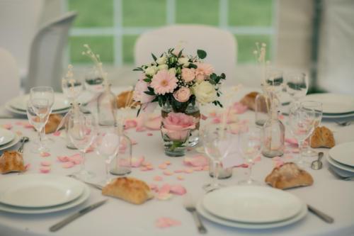 Bouquet champêtre centre de table aromatique fleuriste mariage